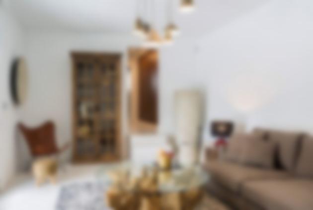 A fince on Ibiza - https://diepresse.com/home/schaufenster/reise/5631158/VideoSet_Straches-Finca-auf-Airbnb