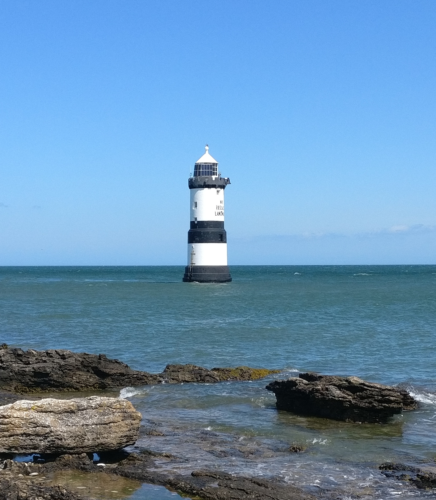 Light house near Moelfre, North Wales. © 2019 by René Pfeiffer.